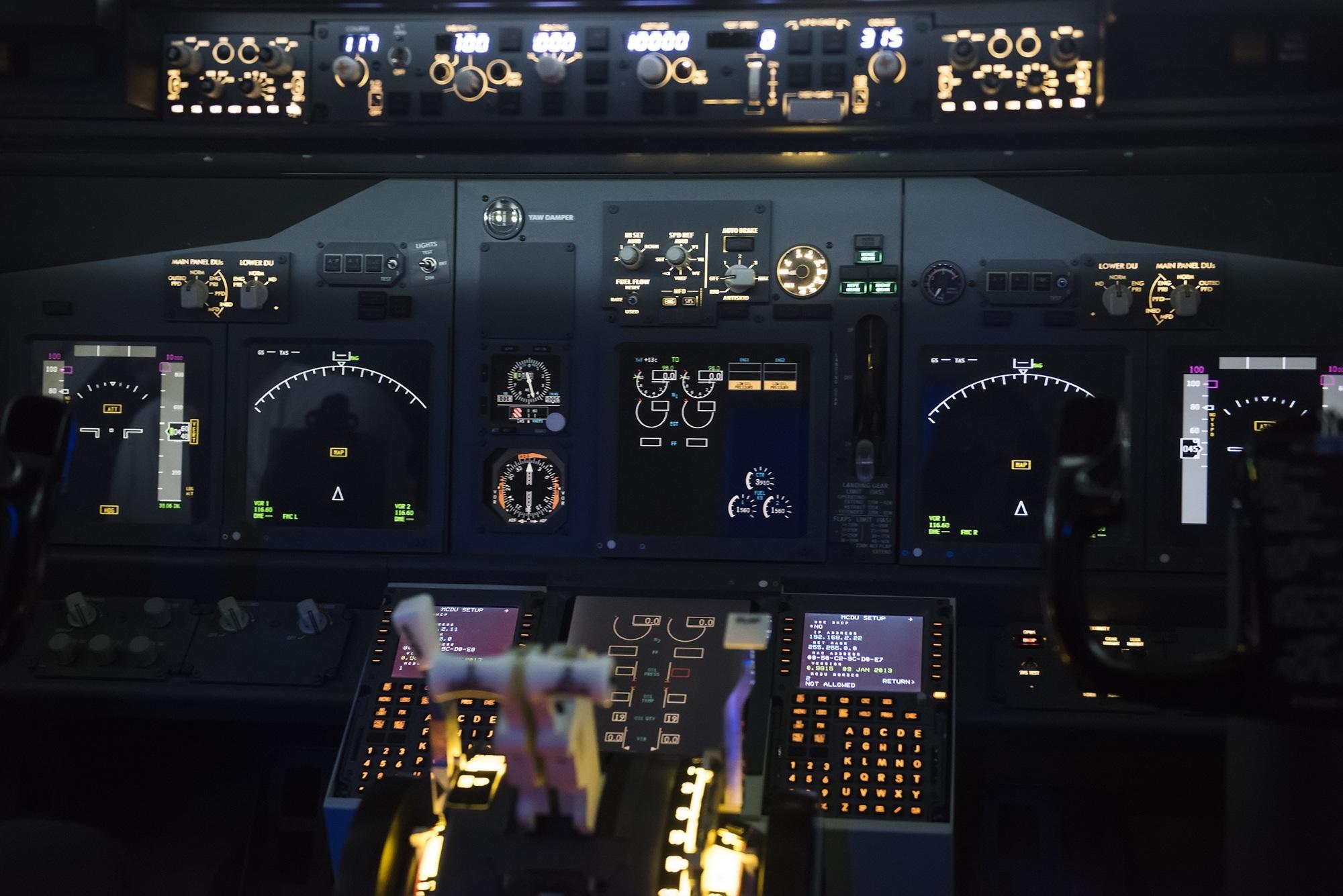 airplane-562590